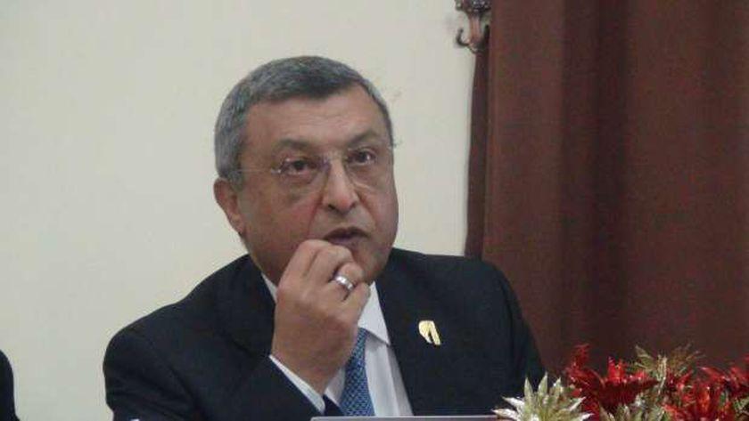 أسامة كمال، وزير البترول الأسبق