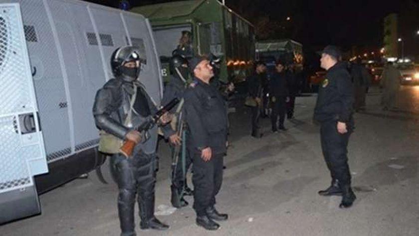 قوات الأمن تسيطر على الموقف