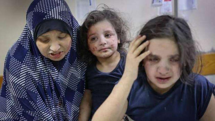 200 طائرة حربية إسرائيلية تقصف غزة وضحايا من النساء والأطفال