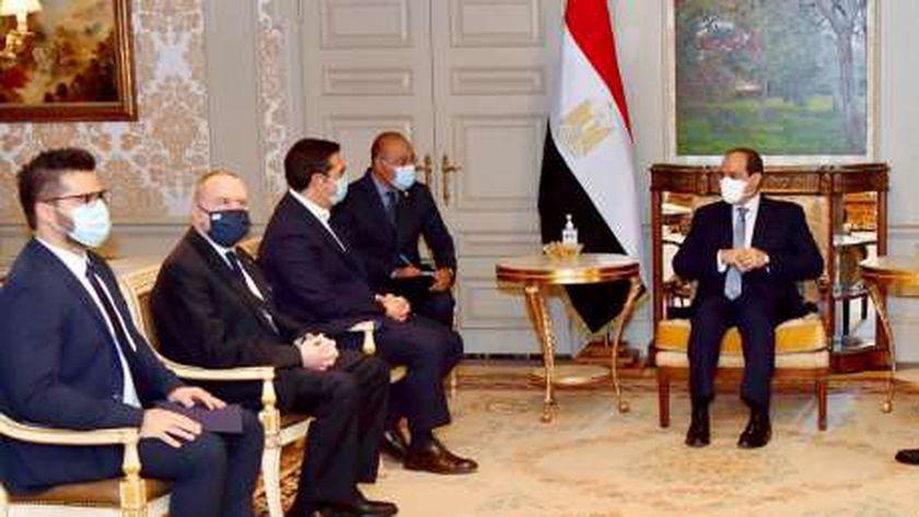 الرئيس السيسي ورئيس وزراء اليونان في لقاء سابق