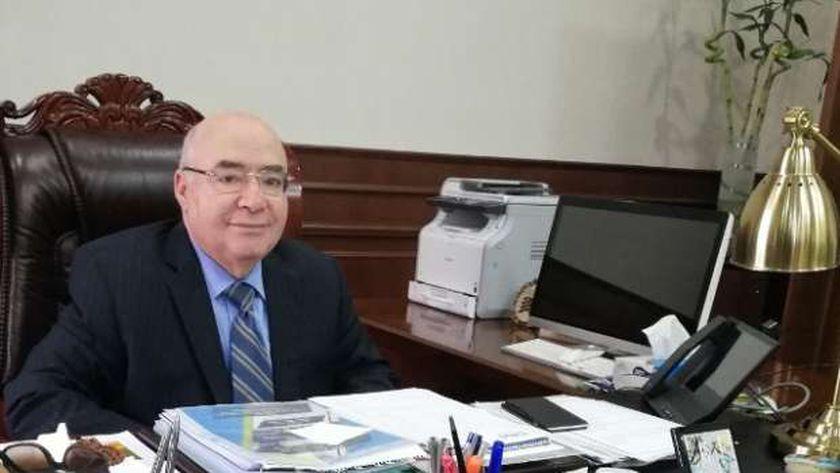 الدكتور مصطفى كمال، رئيس جامعة بدر