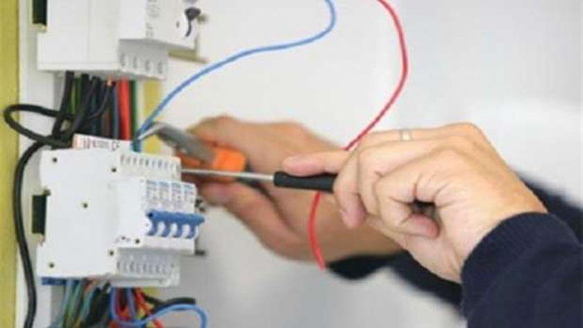 توصيل التيار الكهربائي للمنشآت السكنية