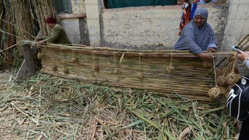 «الغوابين» قرية «صناعة الغاب» لا تعرف البطالة