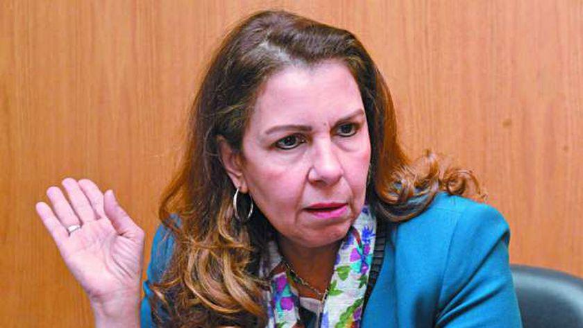 الدكتورة نيفين مسعد