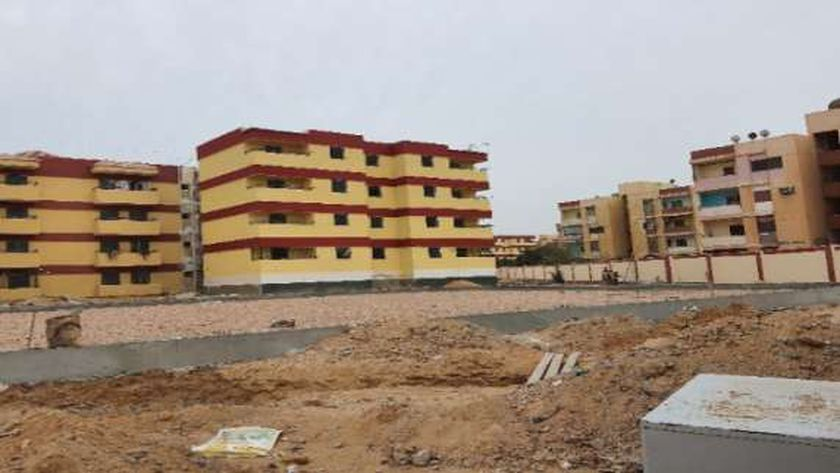 وزير التعليم العالي يستعرض مشروعات جامعة السادات: تكلفتها 2.78 مليار