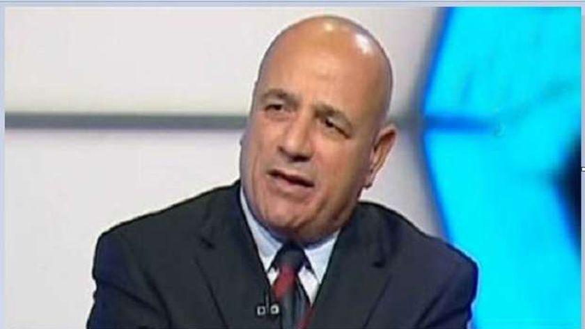 الدكتور ابراهيم نايل