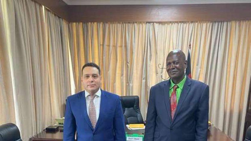 صورة سفير مصر في مالاوي يبحث مع وزير الزراعة تعزيز التعاون بين البلدين – مصر