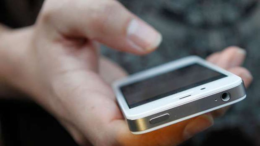 صورة تجنب الألعاب واهتم بـUSB.. نصائح للتغلب على مشكلة ارتفاع حرارة الهاتف – أي خدمة