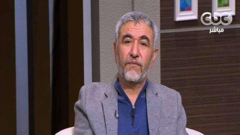 دكتور نبيل القط، استشاري الطب النفسي