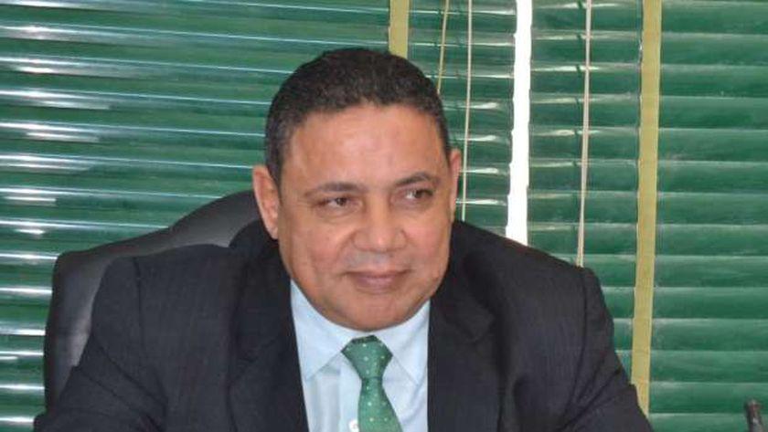 الدكتور ابراهيم التداوي وكيل تعليم الوادي الجديد