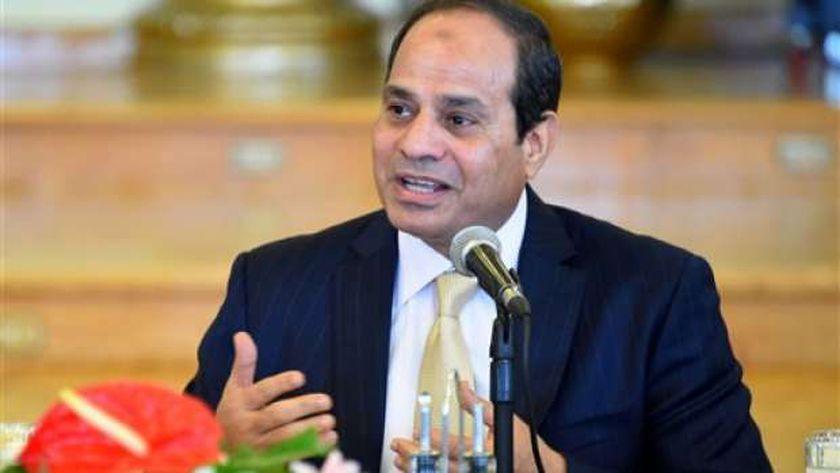 الرئيس عبد الفتاح السيسي وجه بإجراء حركة ترقيات لموظفي الدولة