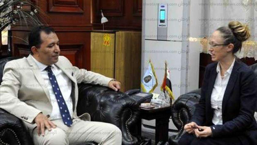 محافظ الاقصر يبحث سبل عودة السياحية الايطالية مع مستشارة السفارة الايطالية بالقاهرة