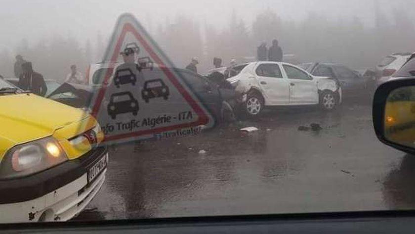 حادث تصادم 30 سيارة بالجزائر