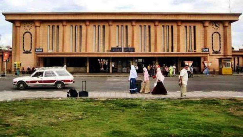 محطة سكة حديد أسوان