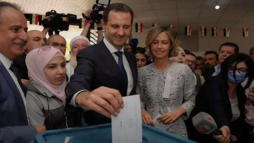 بشار الأسد يدلي بصوته في الانتخابات الرئاسة 2021 التي تم الاعلان عن فوزه بها