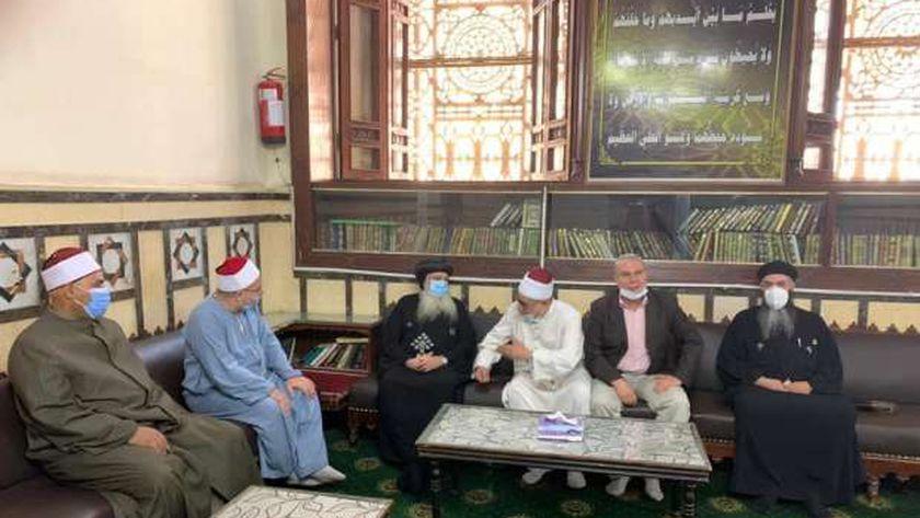 الأنبا بولا في مسجد الأحمدي بطنطا