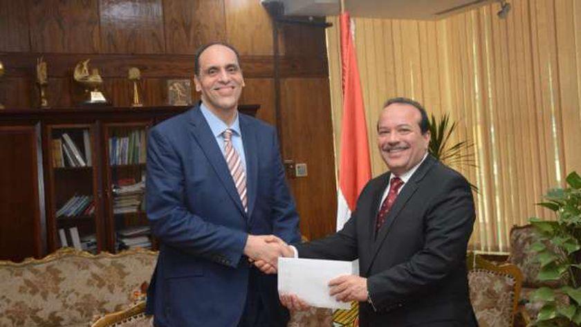 الدكتور هاني مصطفى حسن الشامي عميد كلية التجارة بجامعة طنطا