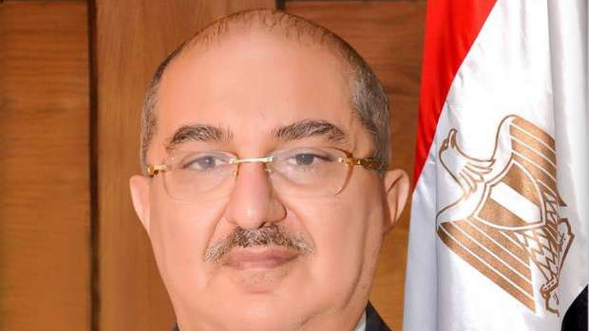 الدكتور طارق الجمال رئيس جامعة أسيوط