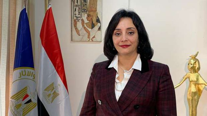 غادة شلبى نائب وزير السياحة والآثار لشئون السياحة