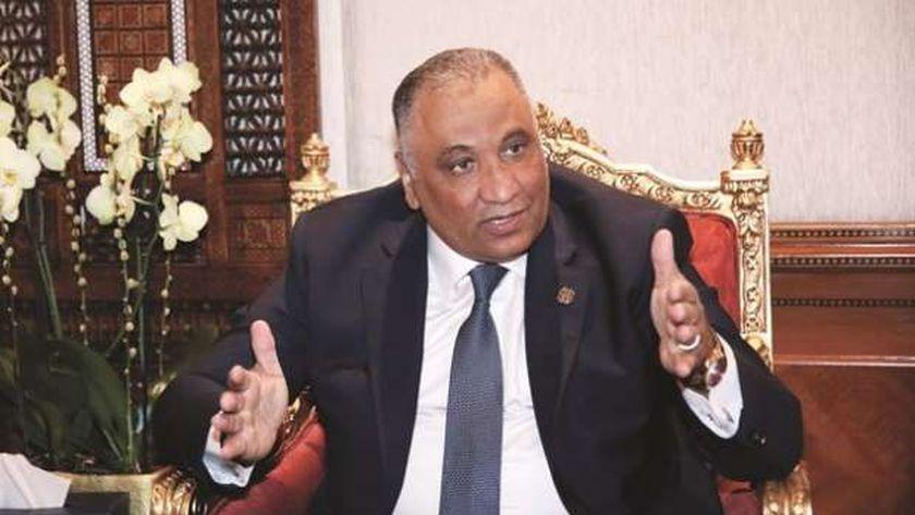 اللواء شريف سيف الدين، مستشار رئيس الوزراء لشئون مكافحة الفساد