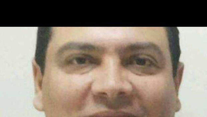الدكتور علي النبوي