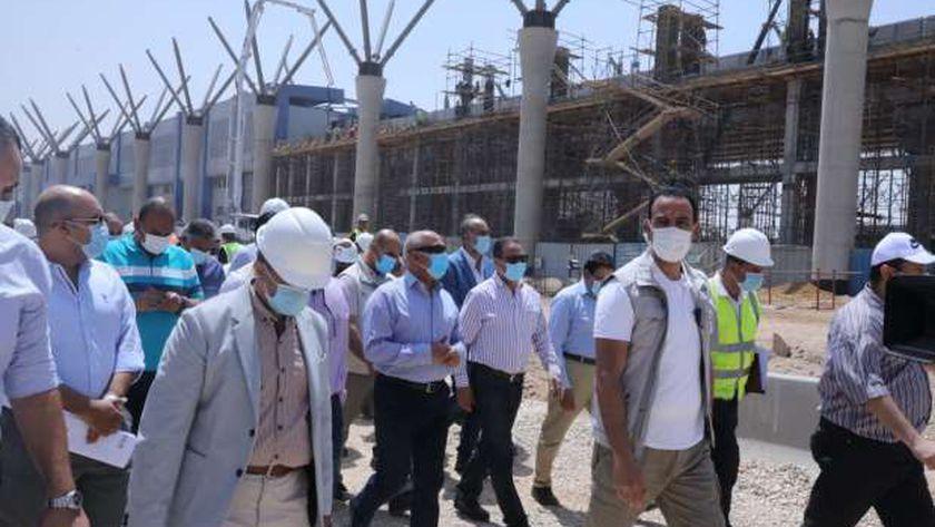 «النقل» تعلن موعد افتتاح مشروعات عملاقة.. قطار كهربائي ومونوريل ومحطة مركزية