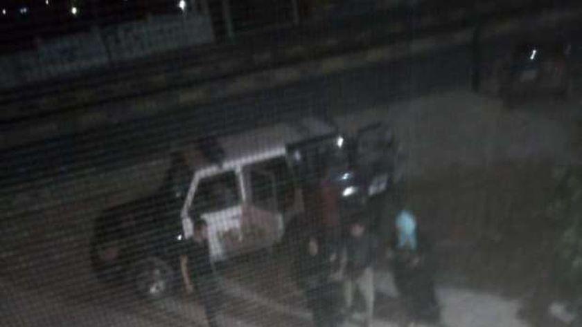 ضابط شرطة يوصل سيدة مريضة للمستشفى ويطلب التكفل بعلاجها