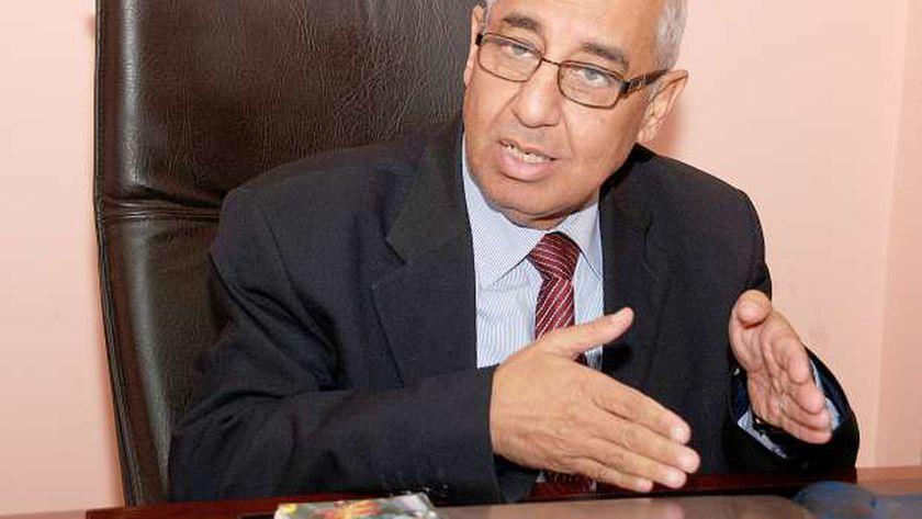 الدكتور علي عوف، رئيس شعبة الأدوية باتحاد الغرف التجارية