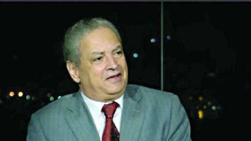 أستاذ علوم سياسية عن إذاعة صوت العرب: كانت تبث روح الوطنية للشعوب