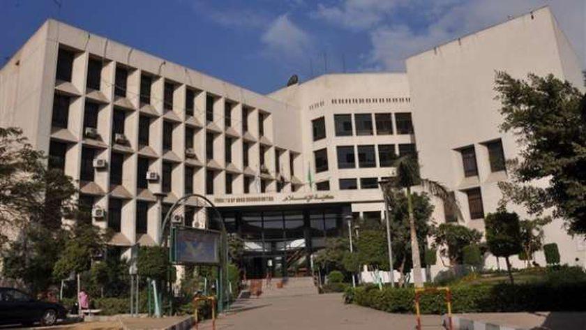 كلية الإعلام جامعة القاهرة - صورة أرشيفية