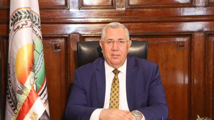 السيد القصير وزير الزراعة واستصلاح الأراضي