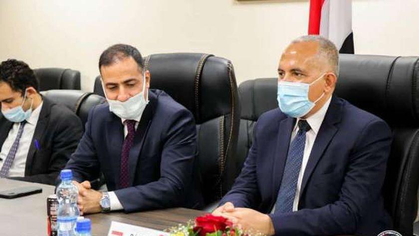 الدكتور محمد عبد العاطى وزير الموارد المائية