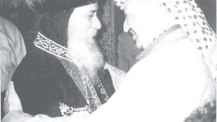 ياسر عرفات والبابا شنودة