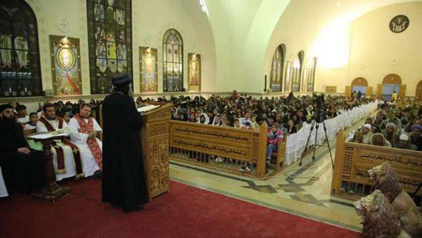 جانب من فعاليات الكنيسة إحياء ذكرى شهداء ليبيا