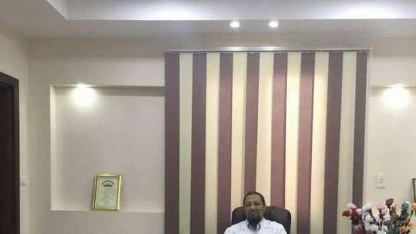 الدكتور بشير الطباخ، رئيس قسم الرمد بمستشفى دسوق العام