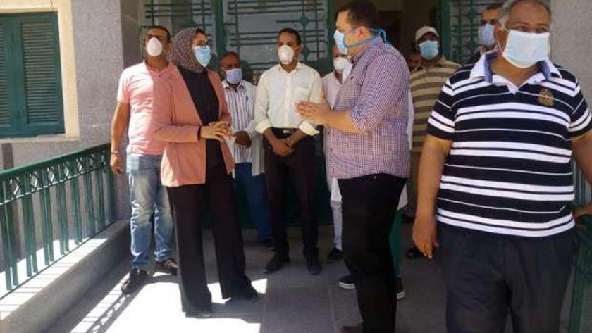 نائب محافظ الوادى الجديد تطمئن على الخدمة الطبية يالوحدة الصحية بغرب الموهوب