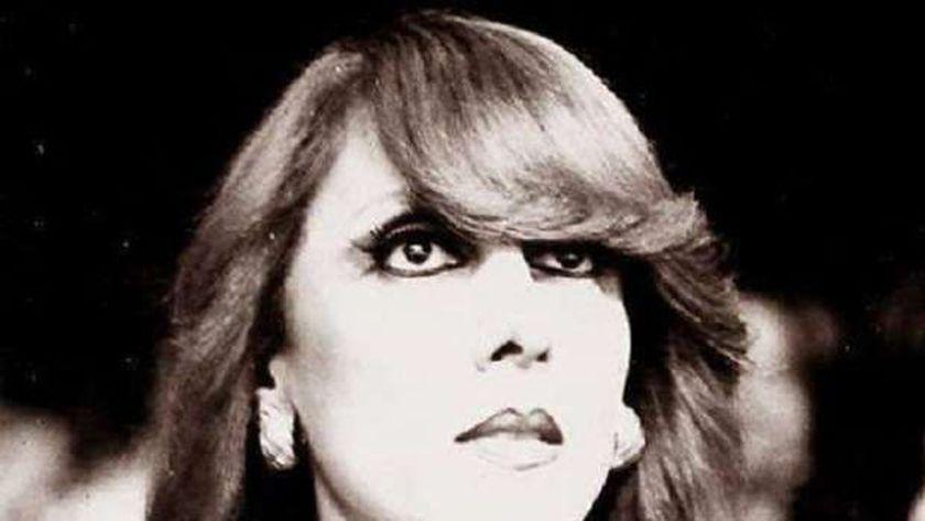 فيديو.. لقاء إذاعي نادر بين رولا خرسا والمطربة فيروز: لحظات لا تتكرر - فن وثقافة -