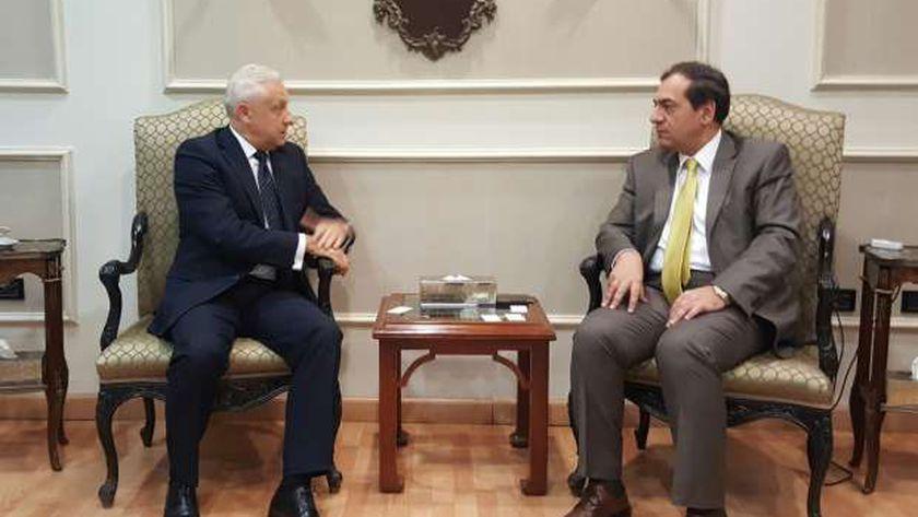 الملا وسفير بيلاروسيا بالقاهرة