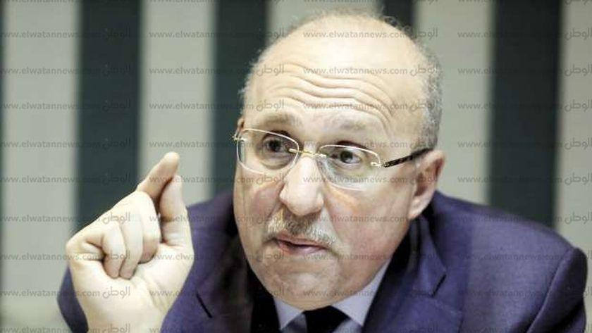 الدكتور عادل العدوي، وزير الصحة الأسبق