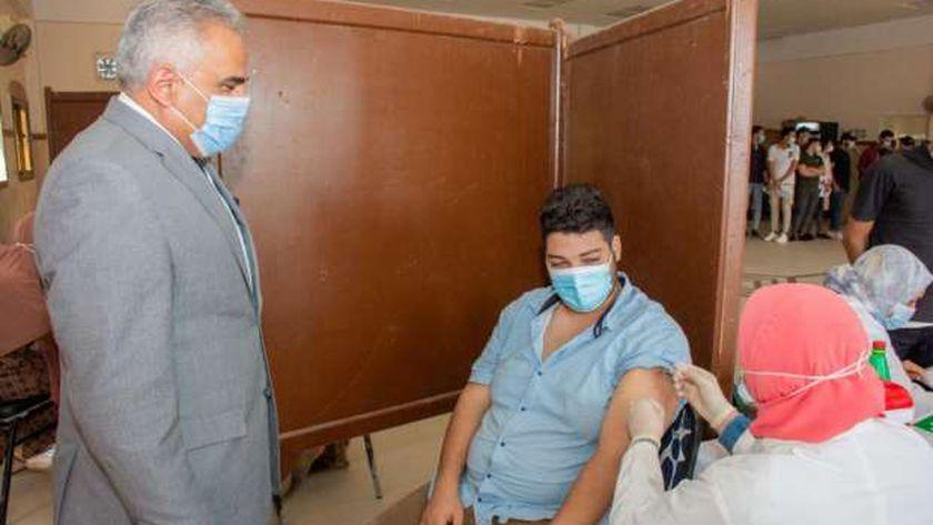 حملة تطعيم لقاح كورونا للطلاب الجدد بجامعة طنطا