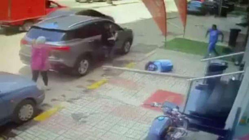 سقوط لوح خشبي علي راس طالبة في شبين الكوم