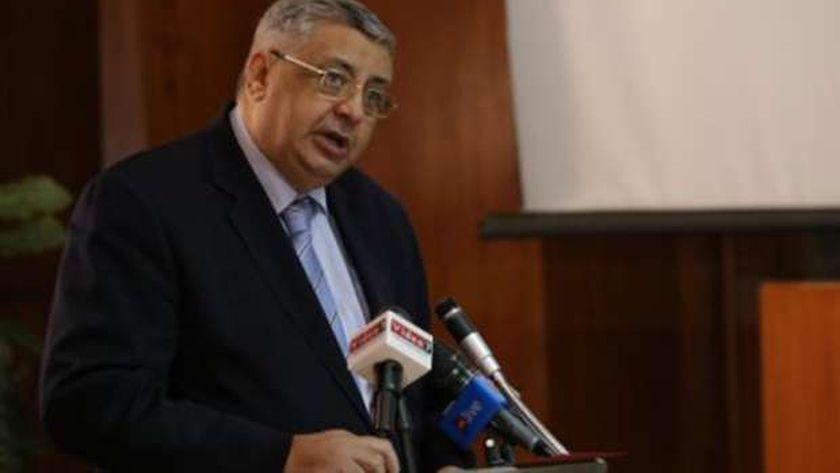 الدكتور محمد عوض تاج الدين مستشار رئيس الجمهورية لشؤون الصحة والوقاية