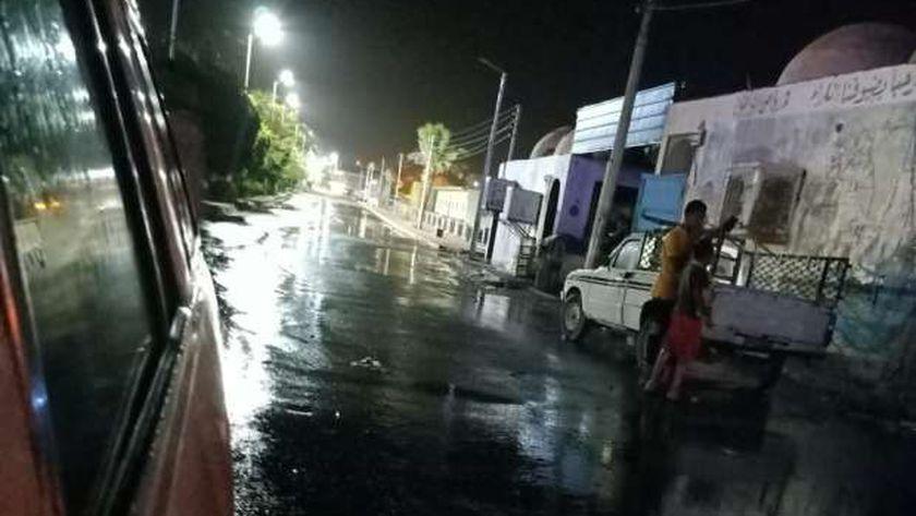 أمطار متوسطة بأسوان