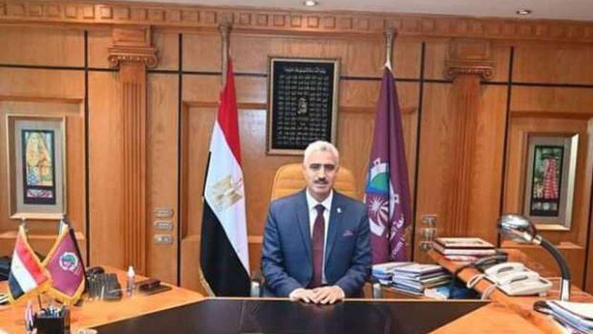 الدكتور محمد سعيد أبو الغار القائم بأعمال رئيس جامعة الفيوم