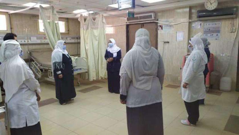 جانب من تدريب الطاقم الطبى بمستشفى الحمام على تطبيق مكافحة العدوى