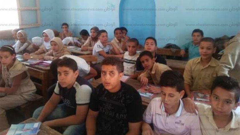 مدرسة منية المرشد فى كفر الشيخ
