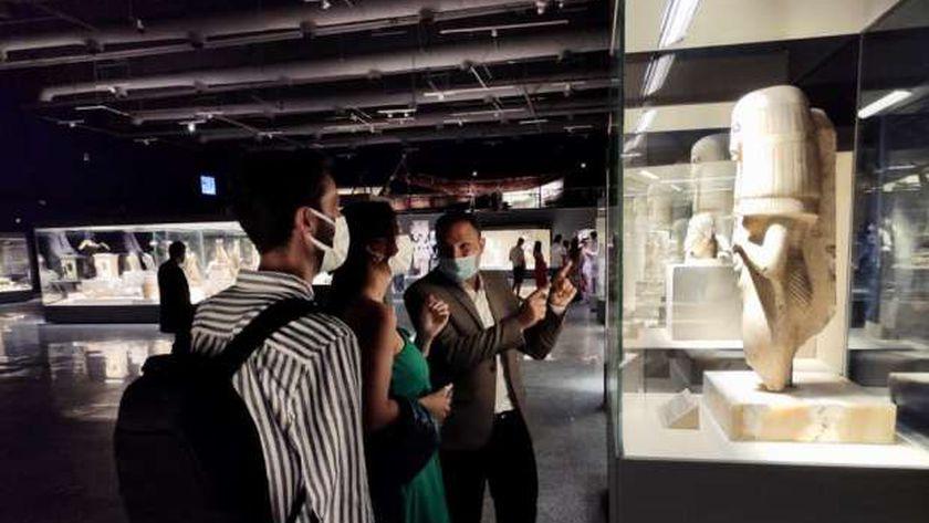 متحف شرم الشيخ بمحافظة جنوب سيناء يستقبل وفدا من المدونين السياحيين