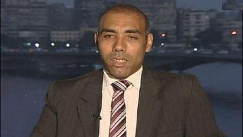 د. أيمن سمير الخبير في العلاقات الدولية