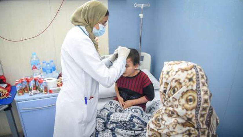"""الصحة : بدء علاج الطفلة الفلسطينية """" بيان """"بمستشفى معهد ناصر"""