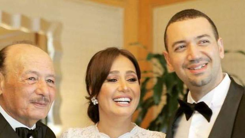 حلا شيحة ووالدها ومعز مسعود